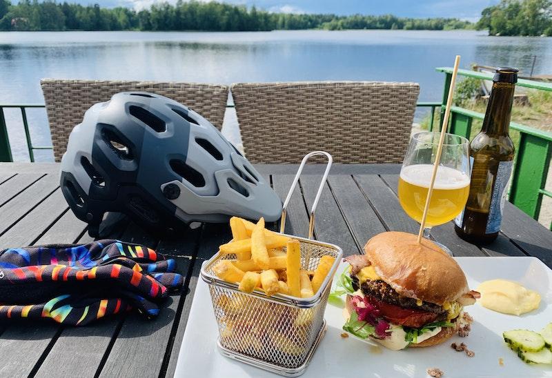 Afterbike deluxe = cykla 3 mil och gå upp 1kg