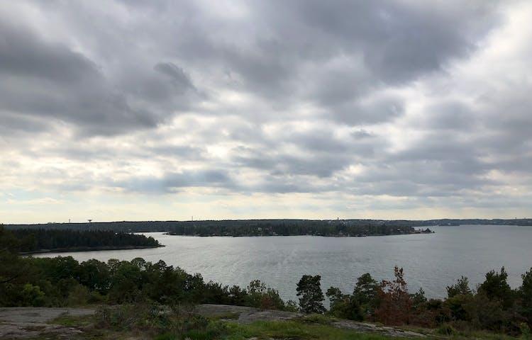 Utsikten från Kvarnberget på Bogesund.