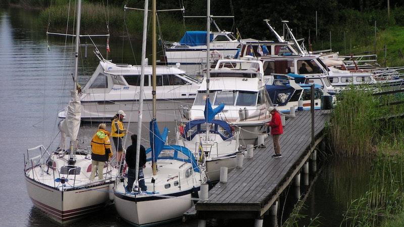 Bryggan är fullbelagd i Nysäters gästhamn. Photo: Säffle turistbyrå