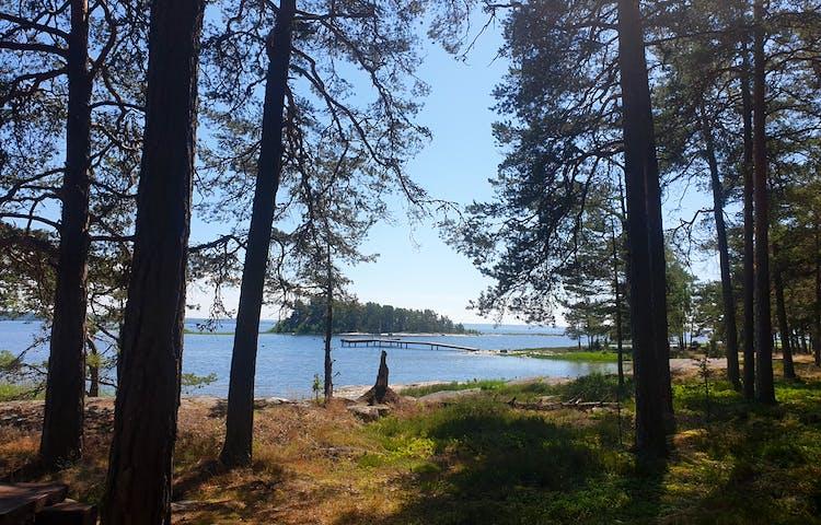 Vandra på öar i Vänern