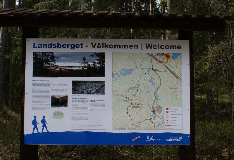Informationsskylt, N Landsberget, Övre parkeringen